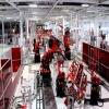 Tesla  изостава от плана за доставки през първото полугодие